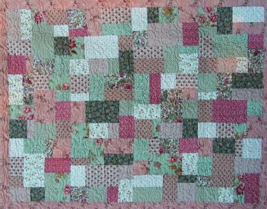FAT QUARTER QUILT PATTERNS BABY QUILT | Sewing Patterns for Baby : quilts from fat quarters - Adamdwight.com
